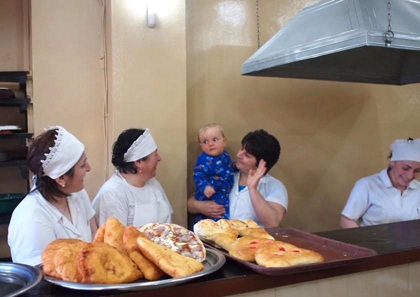 dziecko w gruzji Batumi