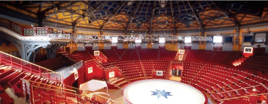 Arena cyrku w Amiens