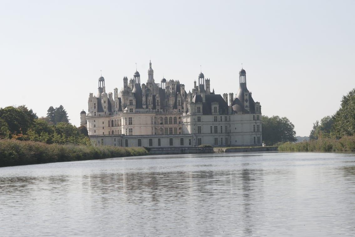 Zamek Chambord – widok z łódki