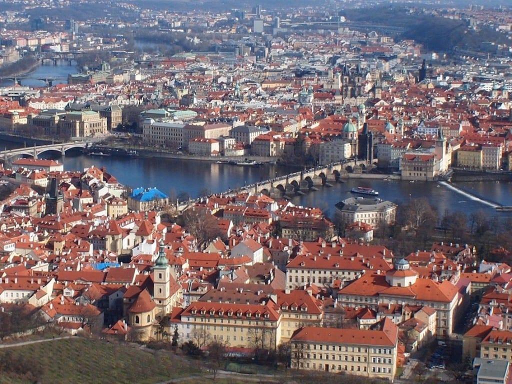 Widok z Petrzyna na centrum Pragi