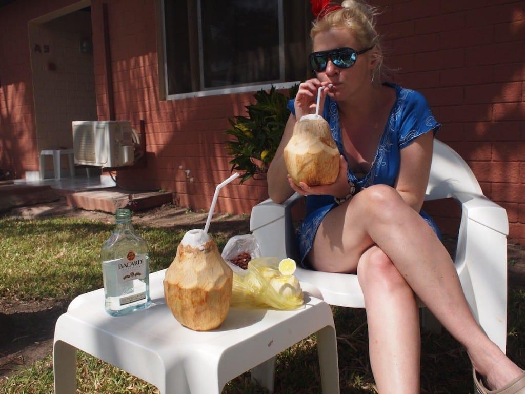 Połączenie rumu i świeżego orzecha kokosowego –idealne jak cała Gambia.