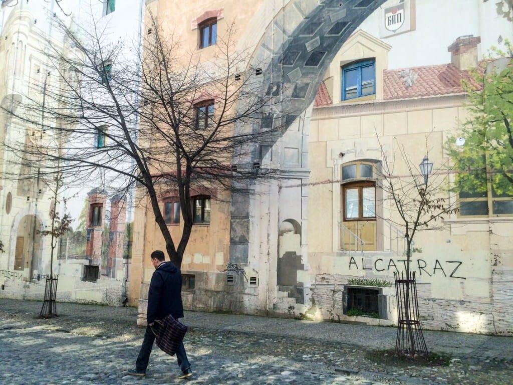 Murale w Belgradzie są wszechobecne. I na całkiem wysokim poziomie.