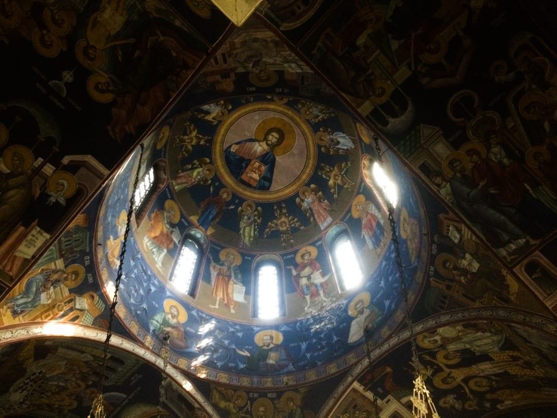 Wnętrze cerkwii.