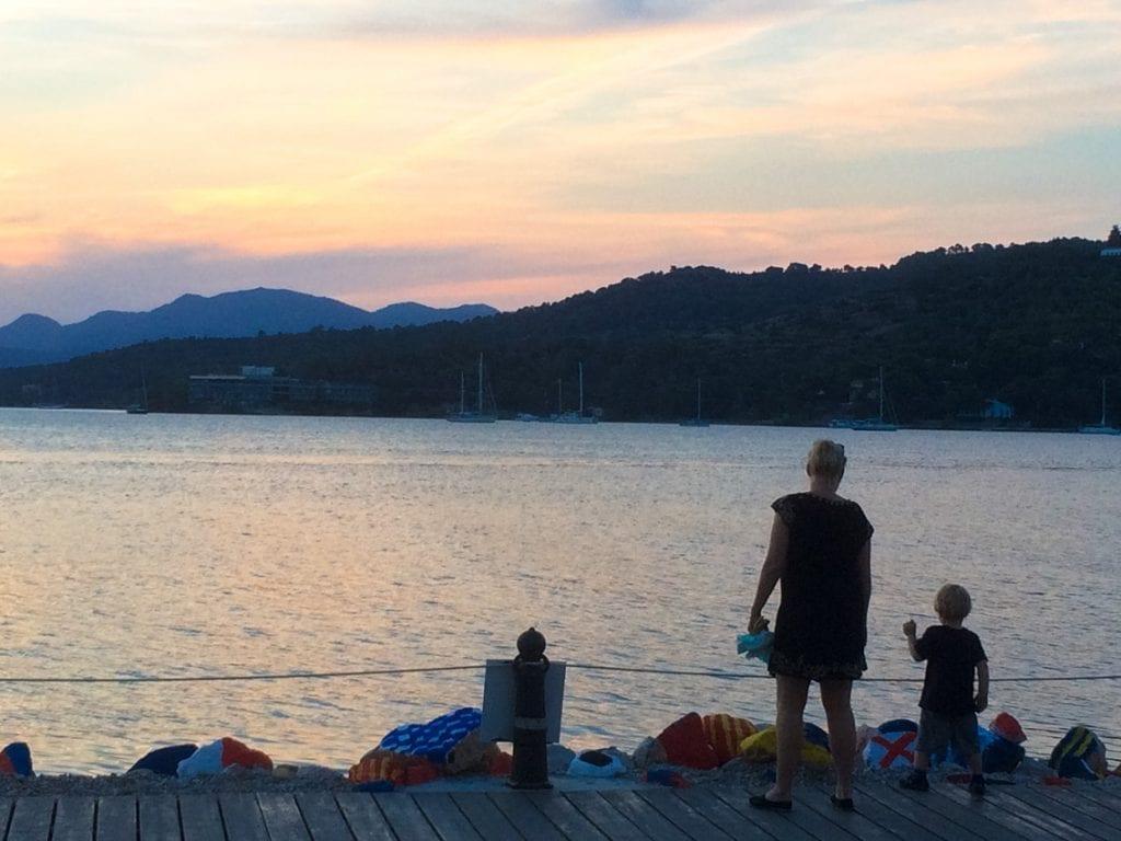 Zachód słońca na Poros.