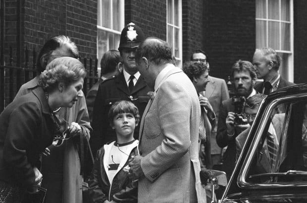 Pierre Trudeau do Londynu na spotkanie z Margaret Thatcher pojechał z synem.