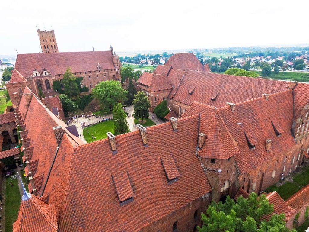 Zamkowe mury w Malborku odrestaurowano po zniszczeniach ze stycznia 1945 roku