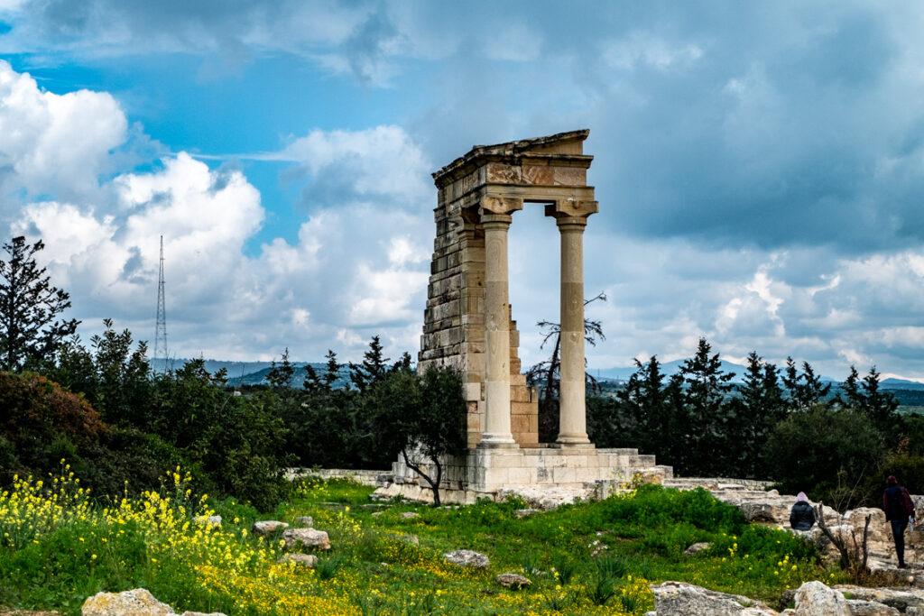 Apollo Hylates był tu bogiem.