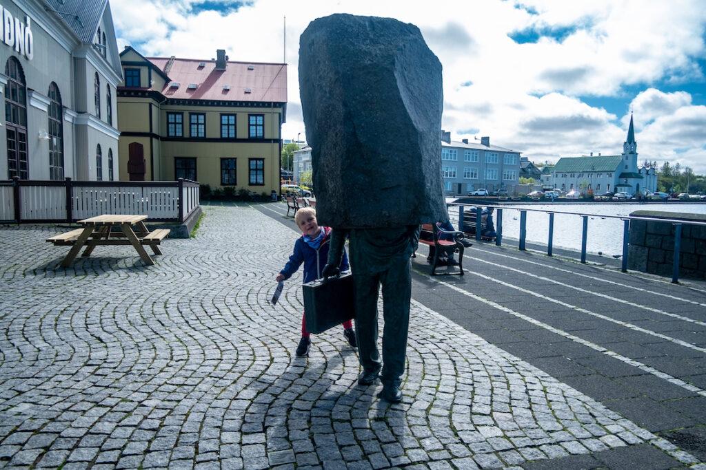 Tak się bawimy w Reykjaviku.