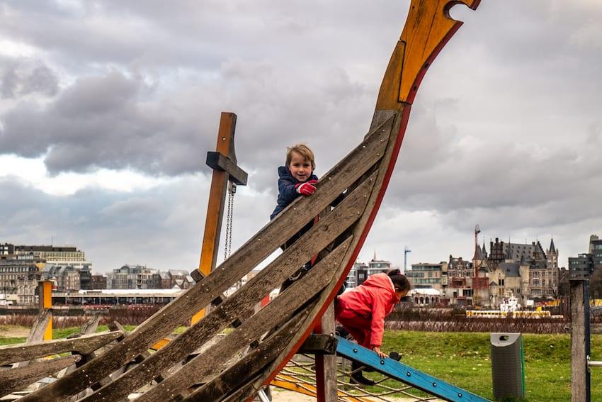 Antwerpia plac zabaw