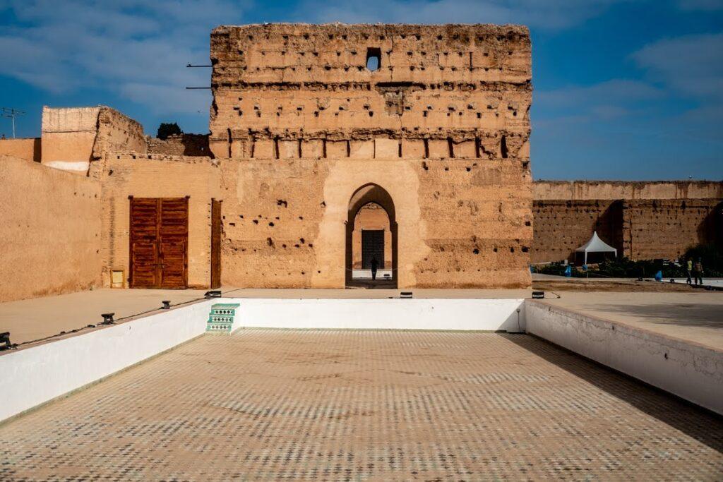 To tu mieszkał w El Badi szach Mansur