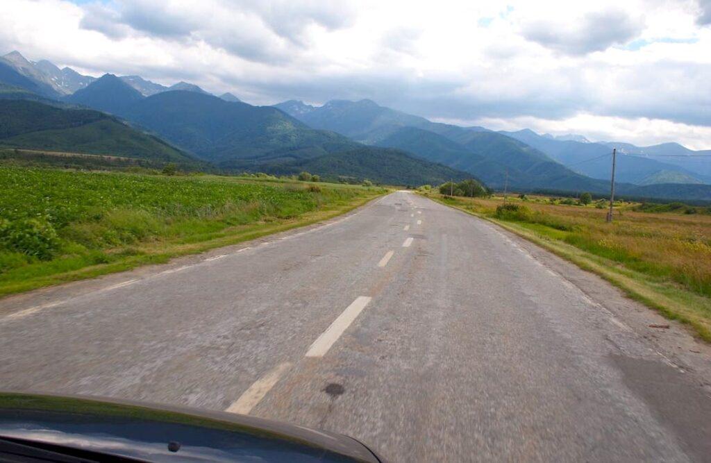 Trasa Transfogarska w Rumunii przebiega przez szczyty