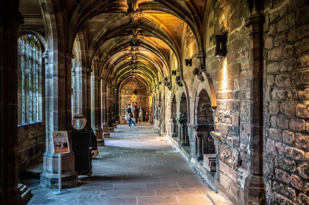 chester katedra